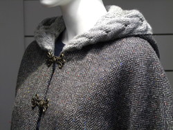 Cape IRELAND - Tweed/Wool Charcoal